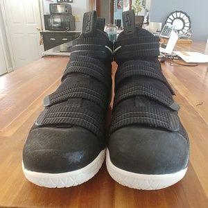 LeBrons Basketball Sneakers
